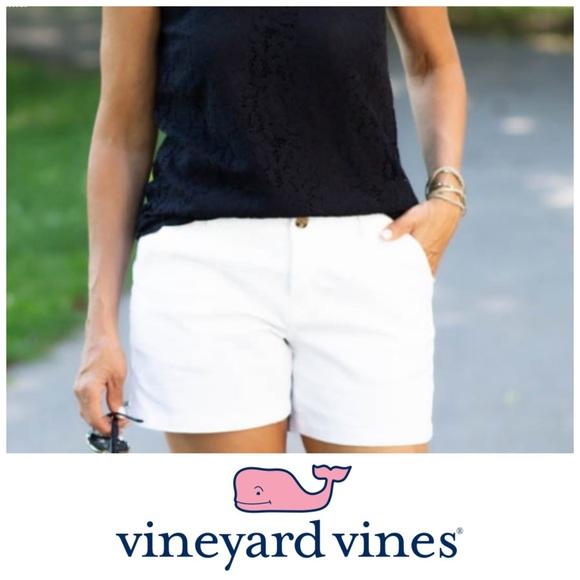 Vineyard Vines woman's white shorts size 6